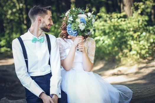 Bride and groom in wedding photo